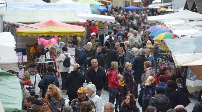 Der Martinimarkt lockte am gestrigen ersten Tag wieder tausende Besucher in Gengenbachs Altstadt.