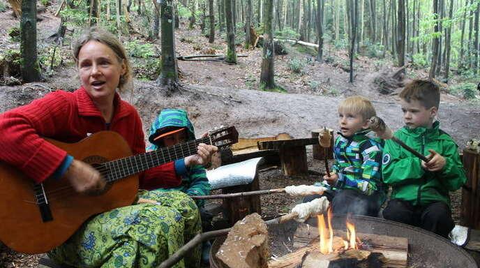 Zehn Kinder werden im Naturkindergarten Sonnenkinder in Lautenbach betreut. Der Gemeinderat stimmte am Montag einer weiteren Förderung in den nächsten zwei Jahren zu.