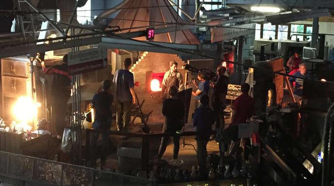 Klappe und Action: Im September wurde der Glasofen in der Dorotheenhütte zur Kulisse für »Das kalte Herz«. Im Herbst 2016 soll der Film in die Kinos kommen.