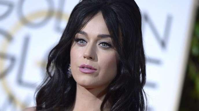 829ddb2035 Boulevard Los Angeles Katy Perry will Grammys im Schlafanzug gucken  Nachrichten der Ortenau - Offenburger Tageblatt