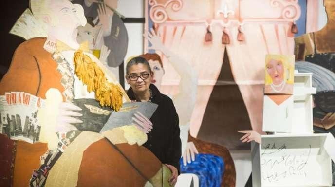 Turner-Preis-Gewinnerin Lubaina Himid mit ihrem großformatigen Werk «A Fashionable Marriage».
