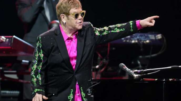 Elton John schenkte seinem Publikum in Hamburg eine «Wonderful Crazy Night».