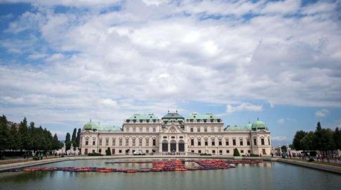 Die Kunstschätze des Belvedere in Wien sind nach Ansicht der neuen Museumsleitung durch gravierende bauliche Mängel schwer gefährdet.