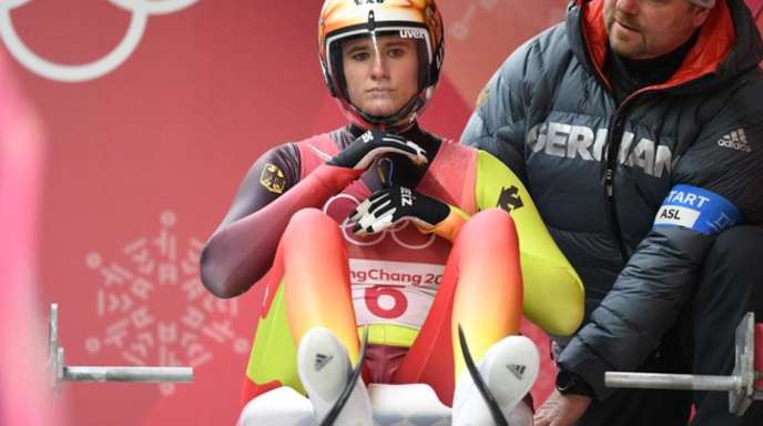 Natalie Geisenberger hat vor den beiden abschließenden Durchgängen im Einzel-Wettbewerb die besten Chancen auf Gold.