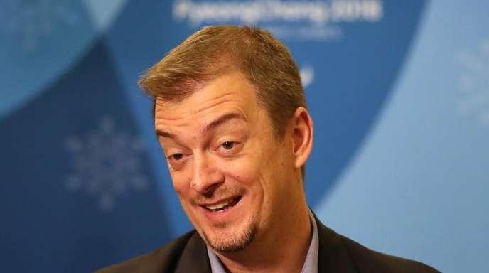 Andrew Parsons, Präsident des Internationalen Paralympischen Komitees sitzt bei einem Interview.