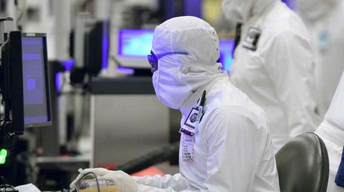 Das goldene PC-Zeitalter neigt sich dem Ende entgegen - und Intel bekommt diese Entwicklung brutal zu spüren.