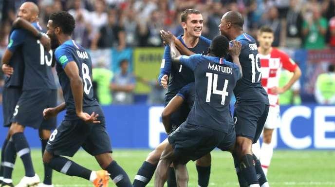 Frankreich Kront Sich Mit 4 2 Zum Weltmeister Baden Online
