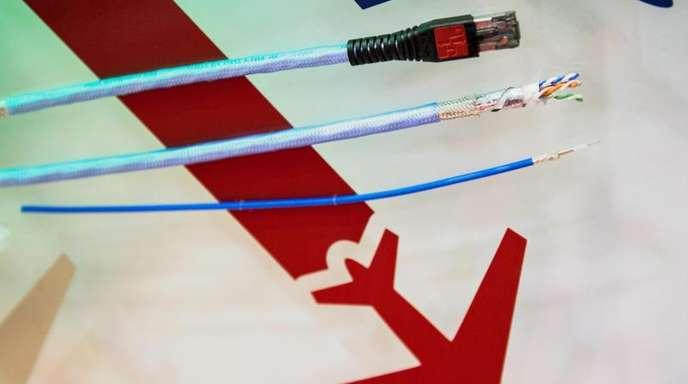 Zwar ist Internet im Flugzeug schon lange möglich und vor allem in den USA weit verbreitet. In Europa aber bleiben viele Airlines skeptisch.