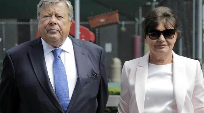 Viktor und Amalija Knavs, die slowenischen Eltern von US-Präsidentengattin Melania Trump, sind jetzt Amerikaner.