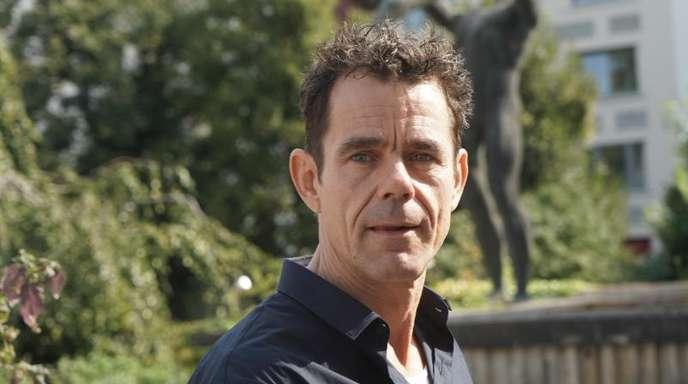 Der Regisseur Tom Tykwer steht dem Mauer- und Kunstprojekt DAU Freiheit beratend zur Seite.