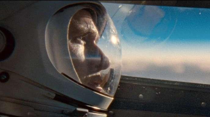 Ryan Gosling als Neil Armstrong in einer Szene des Weltraumdramas «First Man - Aufbruch zum Mond».