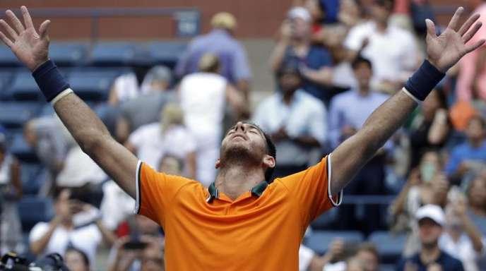 Juan Martin del Potro jubelt nach dem gewonnenen Match gegen John Isner.