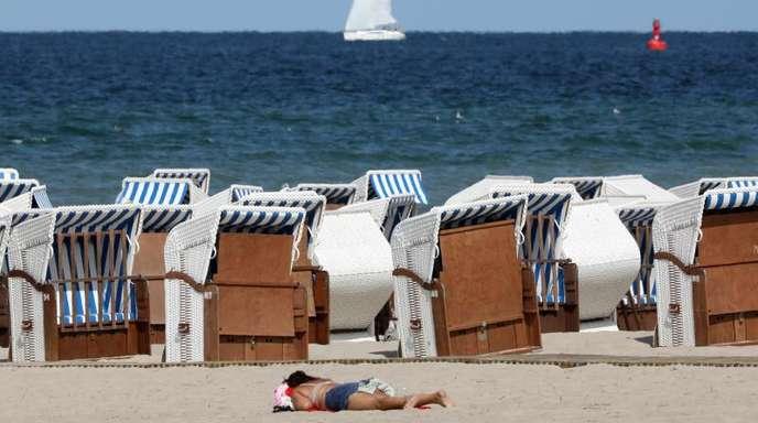 Ostseestrand in Warnemünde: Urlaub in Deutschland liegt bei den Bundesbürgern schon länger im Trend.