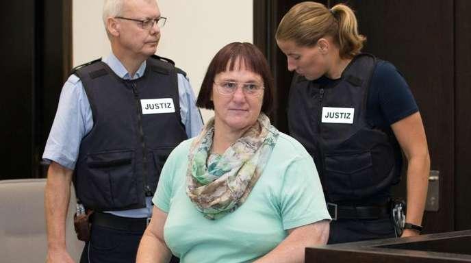 Die Angeklagte Angelika W. sieht sich selbst als Opfer.