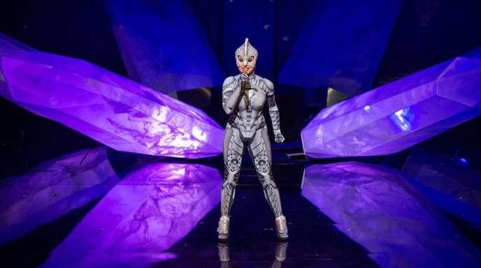 """Sängerin Devi-Ananda Dahm in der Show «Vivid» im Friedrichstadt-Palast""""."""