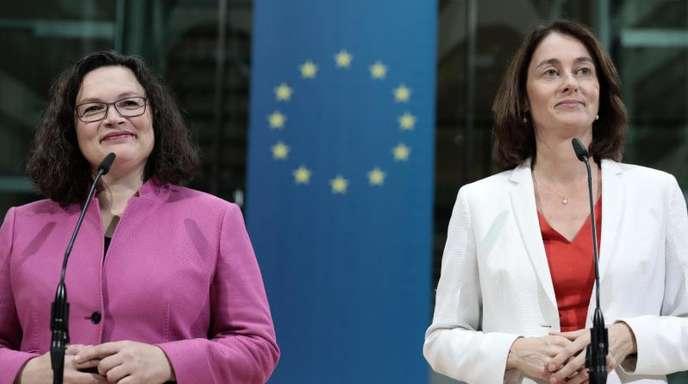 SPD-Chefin Andrea Nahles (l.) stellt Bundesjustizministerin Katarina Barley als SPD-Spitzenkandidatin für die Europawahl 2019 vor.