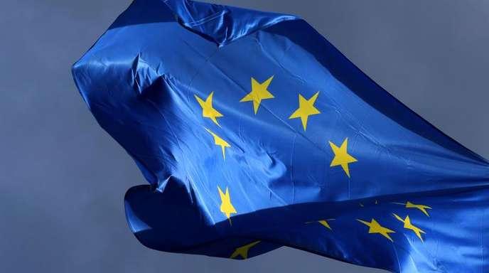 Zum 1. April war die EU-Regel in Kraft getreten, wonach Anbieter wie Netflix, Sky Go oder Spotify ihren Kunden auch auf Reisen im EU-Ausland Zugriff auf die Inhalte ihres Heimatlandes gewähren müssen.