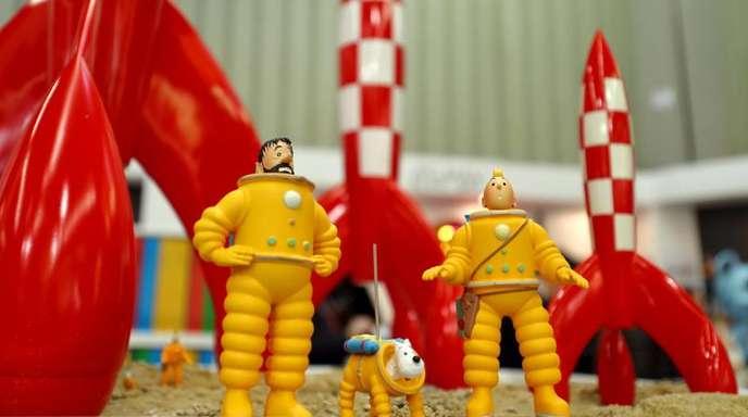 Die Comic- Figuren Kapitän Haddock (l-r), Struppi und Tim auf der 69. Internationalen Spielwarenmesse in Nürnberg.