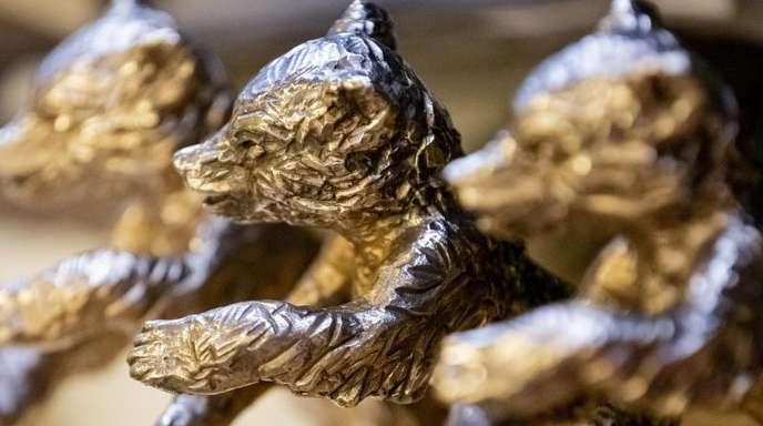 Berlinale-Bären warten auf ihre neuen Besitzer.