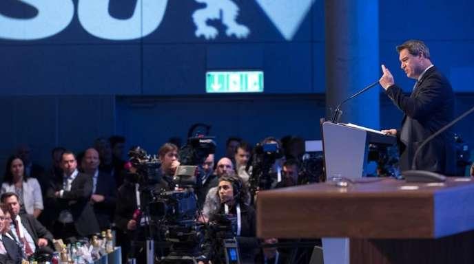 Söder kündigte an, die CSU breiter aufzustellen. Bis zum Herbst soll es eine Parteireform geben, um die CSU moderner, jünger, weiblicher und dynamischer werden zu lassen.
