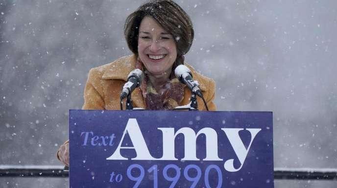 Amy Klobuchar gab ihre Kandidatur im verschneiten Minneapolis bekannt.