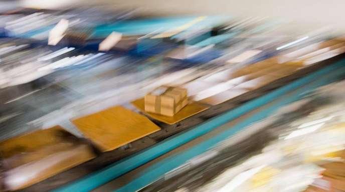 Etliche Kunden in Deutschland haben völlig unaufgefordert vermeintliche Pakete von Amazon bekommen.