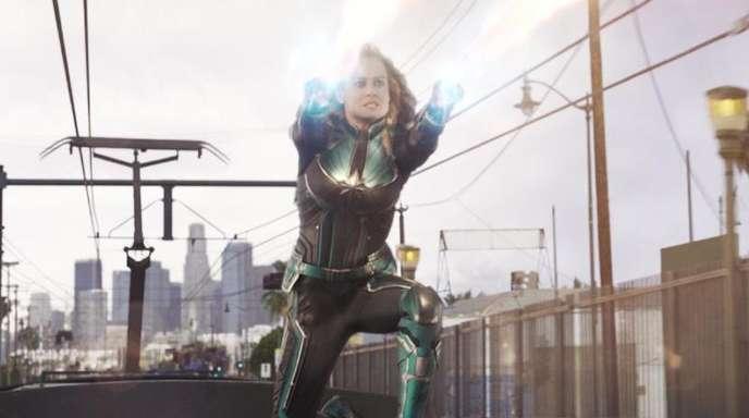 """Brie Larson als Captain Marvel in einer Szene des Films """"Captain Marvel""""."""