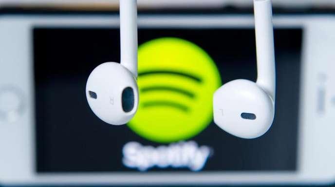 Spotify auf dem iPhone: Musikstreaming-Anbieter sind schon lange unzufrieden damit, dass sie einen Teil der Abo-Erlöse an Apple abgeben müssen.