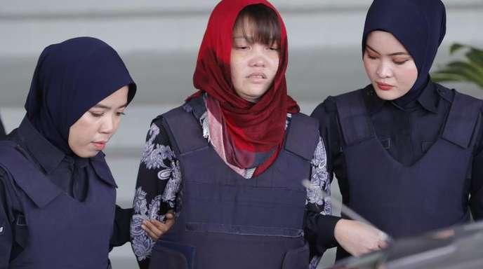 Der Vietnamesin Doan Thi Huong (M) droht wegen mutmaßlichen Mordes an Kim Jong Nam die Todesstrafe.