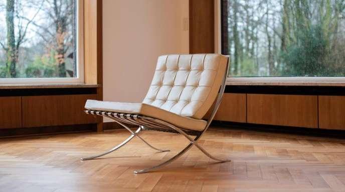 Ein «Barcelona»- Sessel (Ludwig Mies van der Rohe) in Krefeld.