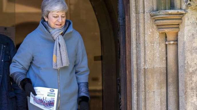 Theresa May: «Wir hätten am 29. März austreten können und sollen.»