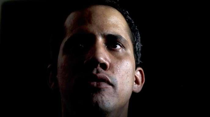 Der regierungstreue Rechnungshof hat dem selbst ernannten Interimspräsidenten von Venezuela, Juan Guaidó die Ausübung politischer Ämter für 15 Jahre untersagt.