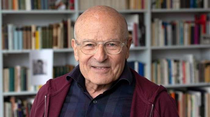 Volker Schlöndorff hofft, dass sich die Kanzlerin nicht in den Ruhestand verabschiedet.