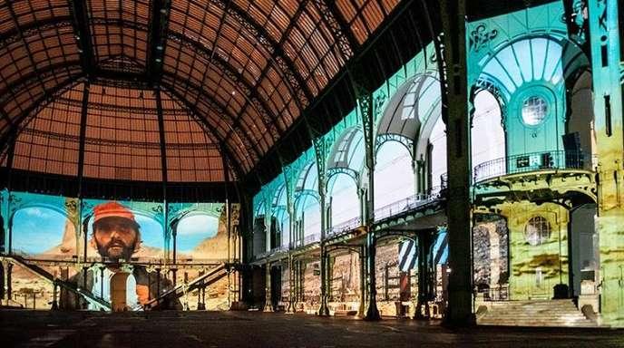 Szene aus «Paris, Texas» von Wenders mit Harry Dean Stanton im Pariser Grand Palais.