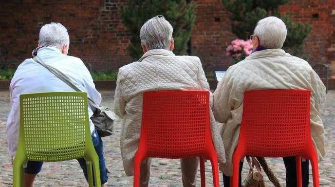 Die seit 2005 erhobene Rentensteuer trifft eine jährlich wachsende Gruppe Ruheständler.