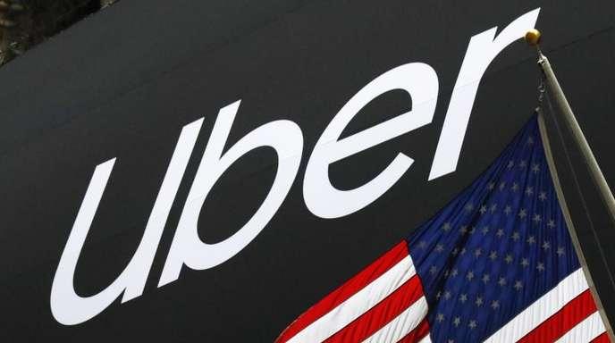 Das Banner von Uber an der Fassade der New Yorker Börse.