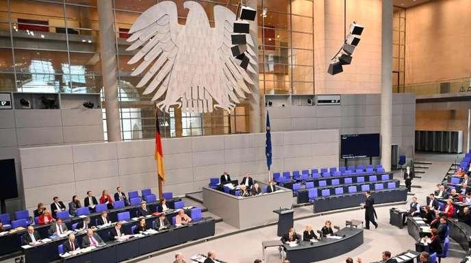 Der Bundestag berät über die Bafög-Reform, das «Geordnete-Rückkehr-Gesetz» und das Grundgesetz.