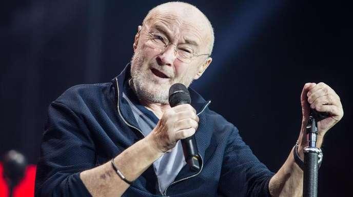 Phil Collins reißt seine Fans auch im Sitzen mit.