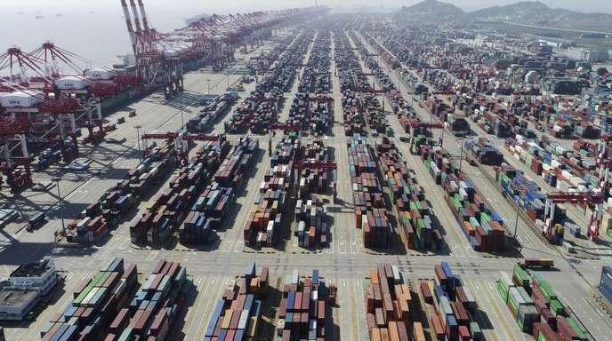 Experten hatten für den Monat Mai eigentlich mit einem deutlichen Rückgang der Exporte gerechnet.