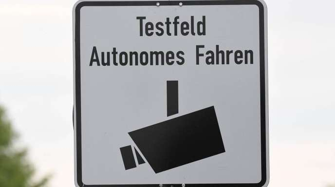 «Testfeld Autonomes Fahren» in Karlsruhe: Volkswagen schwenkt bei der Entwicklung selbstfahrender Autos um.