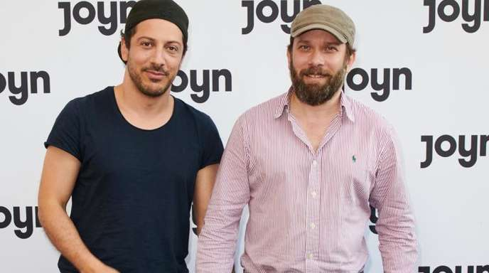 Fahri Yardim (l) und Christian Ulmen sind mit der Comedyserie «Jerks» bei Joyn mit dabei.