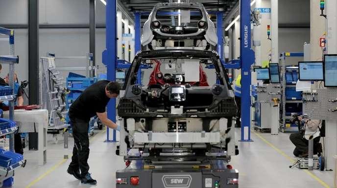 Produktion beim Elektroauto-Hersteller e.Go in Aachen.