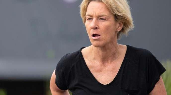 Martina Voss-Tecklenburg bleibt Bundestrainerin der deutschen Frauen-Nationalmannschaft.