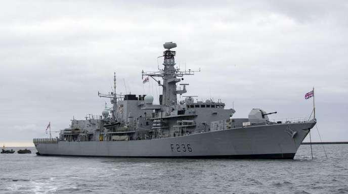 Die britische Fregatte HMS Montrose.