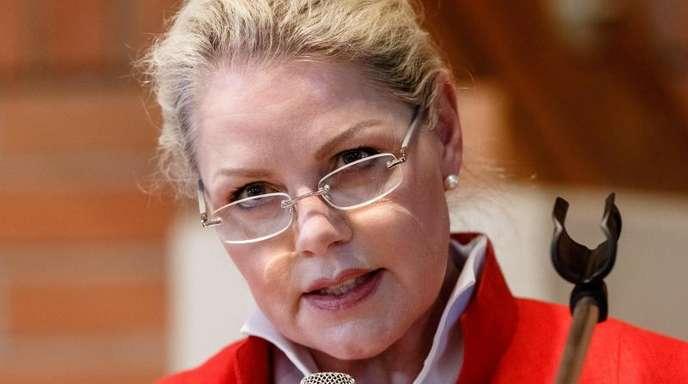Trotz eines vor dem Bundesschiedsgericht laufenden Ausschlussverfahrens wurde die AfD-Politikerin Doris von Sayn-Wittgenstein erneut Landesvorsitzende in Schleswig-Holstein.