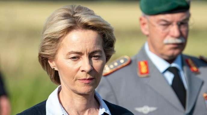 Die Attacke der SPD gilt unter anderem von der Leyens Leistungen als Verteidigungsministerin.