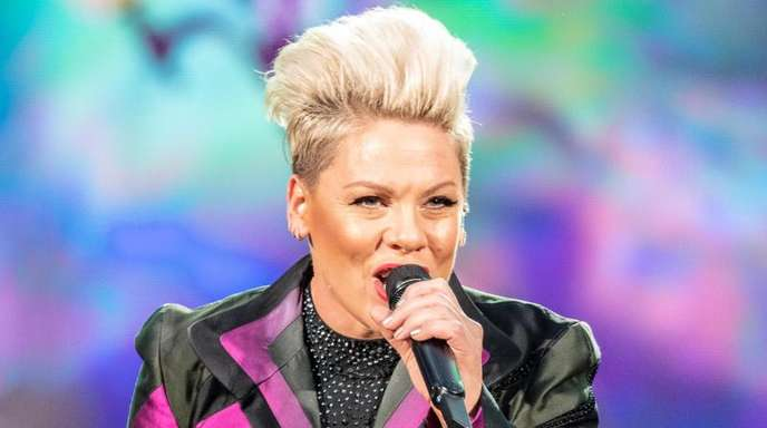 Popsängerin Pink bei ihrem Konzert im Olympiastadion.