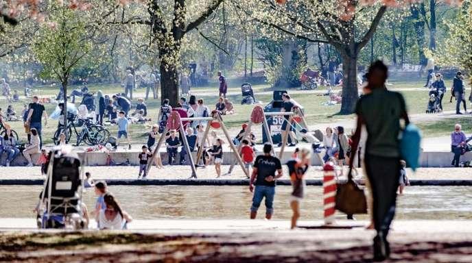 Spielplatz in Hamburg: In Großstädten wird der Platz für Spielflächen immer knapper.