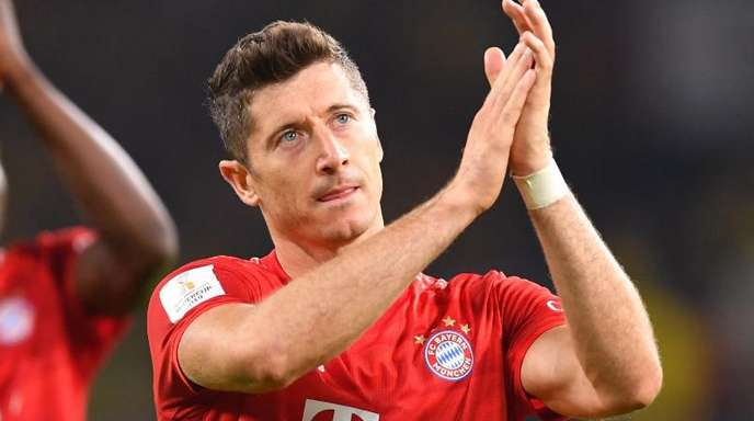 Fordert erneut Verstärkung für den Kader von Bayern München: Robert Lewabdowski.