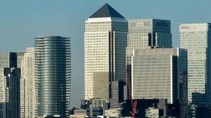 Londons Finanz- und Bankendistrikt «Canary Wharf». Die britische Wirtschaft ist wieder geschrumpft.